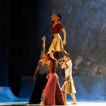 Northern-Ballet-dancers-in-David-Nixons-The-Little-Mermaid.-Photo-Emma-Kauldhar.-603x600