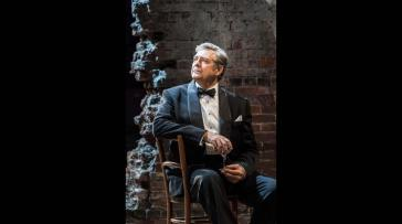 04693-philip-quast-as-ben-stone-in-follies-at-the-national-theatre-c-johan-persson
