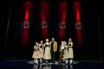 The-Sound-of-Music-UK-Tour-Gray-OBrien-as-Captain-Von-Trapp-and-Lucy-OByrne-as-Maria-credit-Mark-Yeoman-2