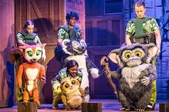 madagascar-the-musical-photo-by-scott-rylander-Full-075B