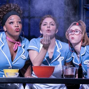 4.-Waitress-Adelphi-Theatre-Marisha-Wallace-Becky-Katharine-McPhee-Jenna-and-Laura-Baldwin-Dawn-Photographer-Johan-Persson_lsmzj2